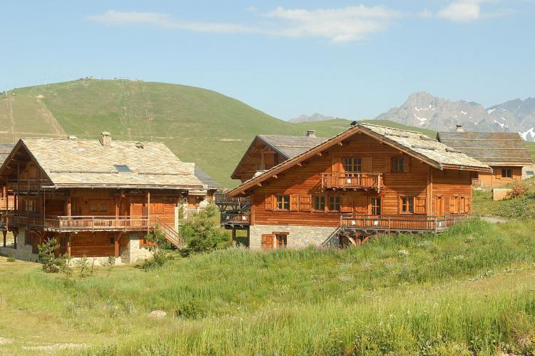 FerienhausFrankreich - Nördliche Alpen: Les Chalets de l'Altiport 2  [6]