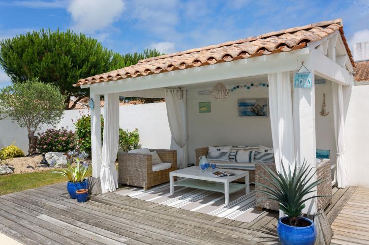 Holiday homeFrance - Loire: Le Domaine de Vertmarines 4  [36]