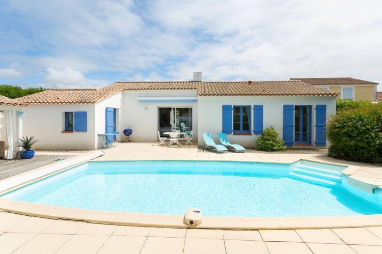 Holiday homeFrance - Loire: Le Domaine de Vertmarines 4  [6]