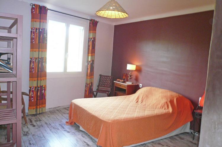 Holiday homeFrance - Languedoc-Roussillon: Azahia - TALAIRAN  [13]