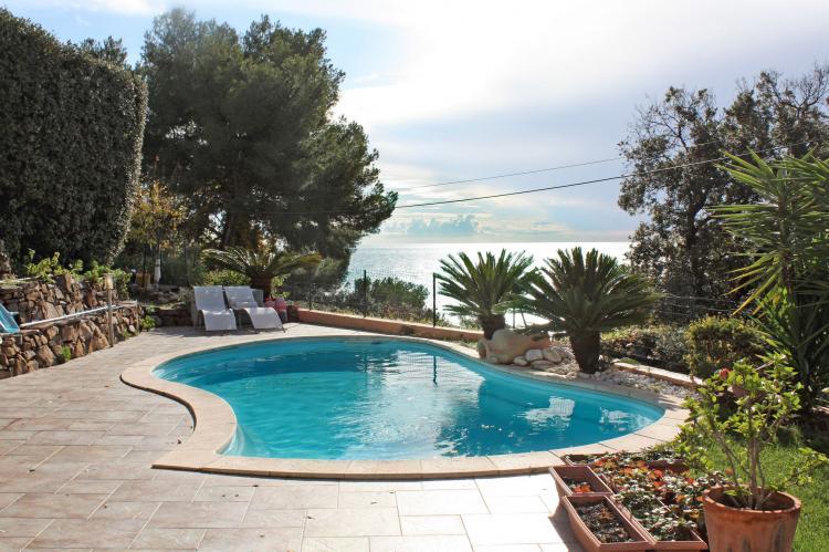 Holiday homeFrance - Provence-Alpes-Côte d'Azur: Villa Carqueiranne  [1]