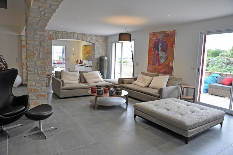 Holiday homeFrance - Languedoc-Roussillon: Villa 4 vents D  [11]