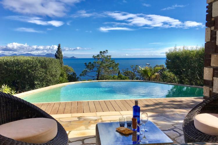 VakantiehuisFrankrijk - Provence-Alpes-Côte d'Azur: Vergerie  [1]