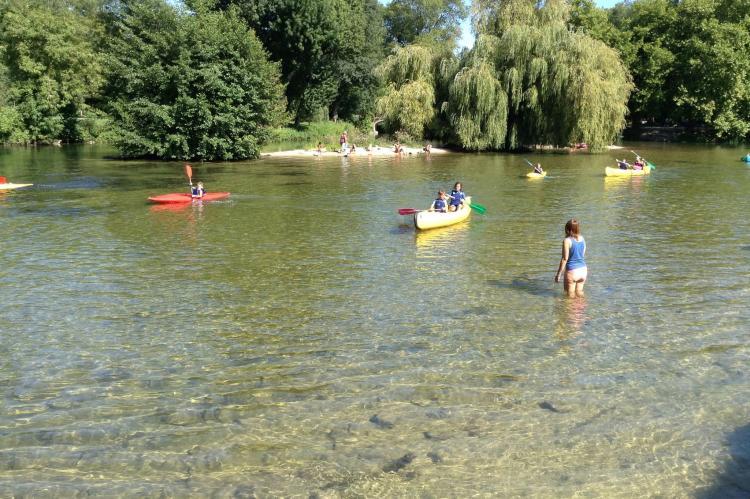 Holiday homeFrance - Poitou-Charentes: Domaine avec accès rivière  [28]