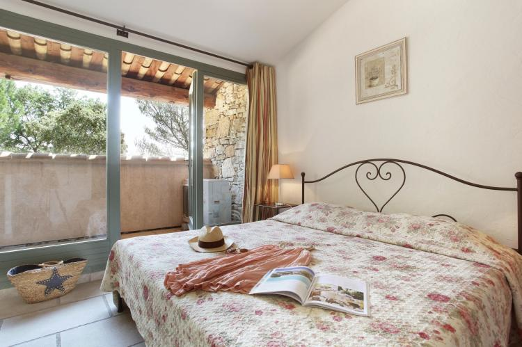 Holiday homeFrance - Provence-Alpes-Côte d'Azur: La Bastide des Chênes 1  [17]