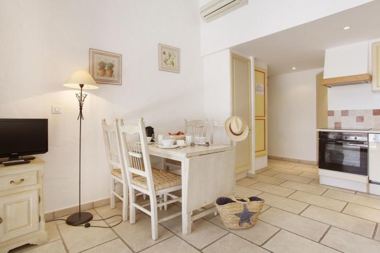 Holiday homeFrance - Provence-Alpes-Côte d'Azur: La Bastide des Chênes 1  [12]