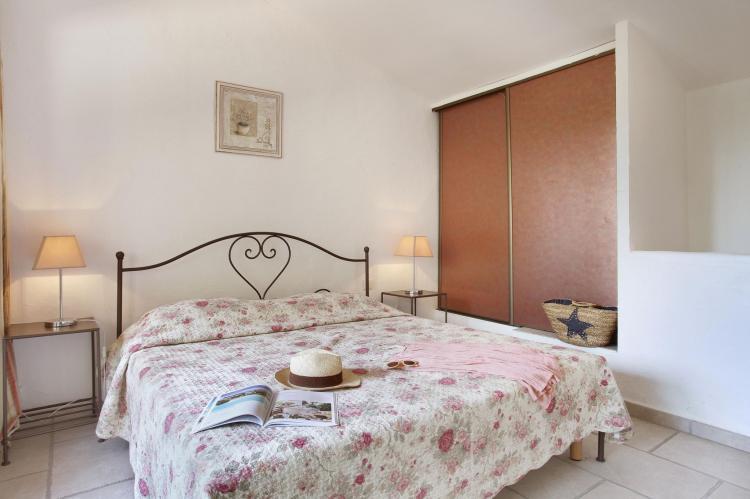 Holiday homeFrance - Provence-Alpes-Côte d'Azur: La Bastide des Chênes 1  [16]