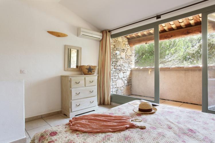Holiday homeFrance - Provence-Alpes-Côte d'Azur: La Bastide des Chênes 1  [15]