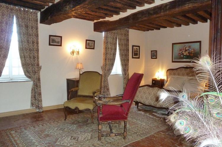 Holiday homeFrance - Auvergne: La chambre de la chapelle  [28]