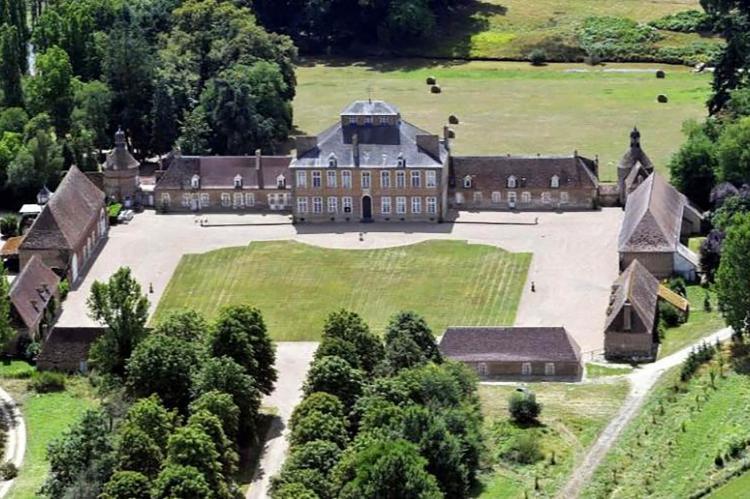Holiday homeFrance - Auvergne: La chambre de la chapelle  [22]