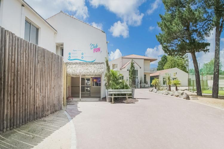Holiday homeFrance - Loire: Mobil-home 4pax  [30]