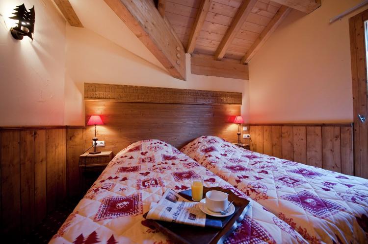 Holiday homeFrance - Northern Alps: Chalet Le Refuge 2  [10]