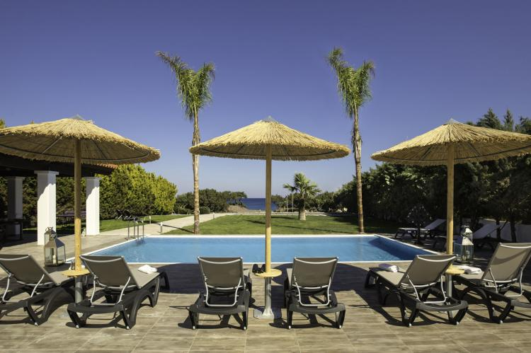 VakantiehuisGriekenland - Rhodos: Gennadi Luxury Beach Front Villa  [2]