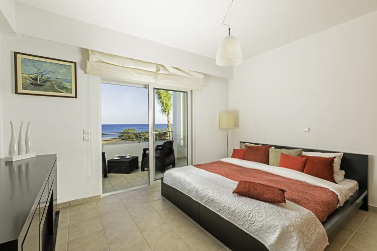 VakantiehuisGriekenland - Rhodos: Gennadi Luxury Beach Front Villa  [15]