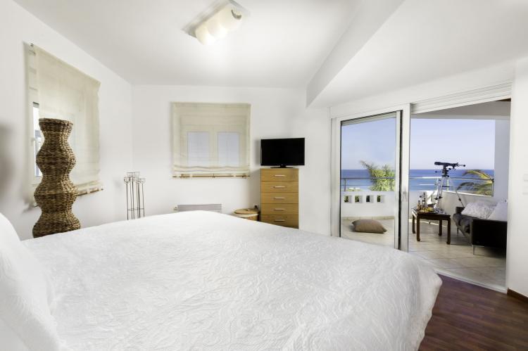 VakantiehuisGriekenland - Rhodos: Gennadi Luxury Beach Front Villa  [13]