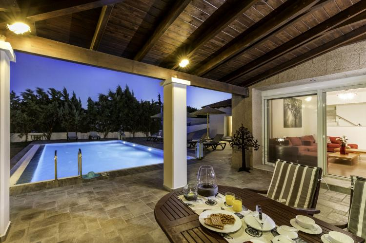 VakantiehuisGriekenland - Rhodos: Gennadi Luxury Beach Front Villa  [6]