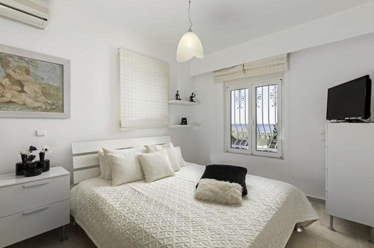 VakantiehuisGriekenland - Rhodos: Gennadi Luxury Beach Front Villa  [12]