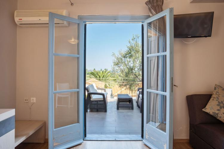 Holiday homeGreece - Lesbos: Lassia Studio 9 mit Poolblick  [7]