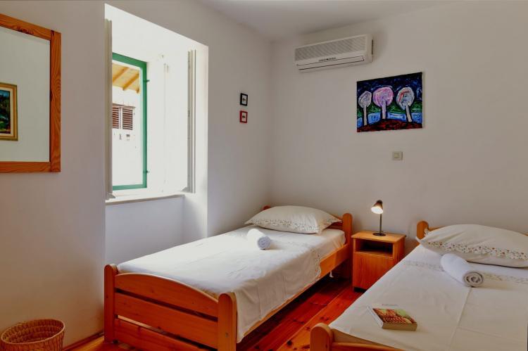 VakantiehuisKroatië - Midden Dalmatië: Villa Bonaca  [16]