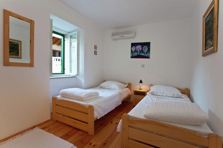 VakantiehuisKroatië - Midden Dalmatië: Villa Bonaca  [15]