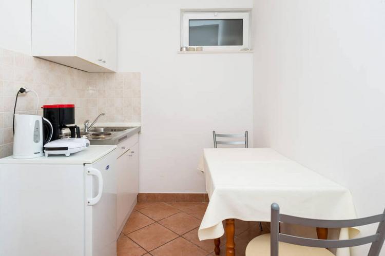 VakantiehuisKroatië - Zuid Dalmatië: Apartment Tonicas  [13]