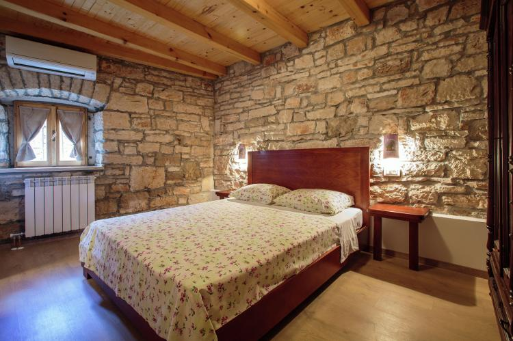 Holiday homeCroatia - Istra: Authentic Istrian stone Villa Didova in the Heart   [19]