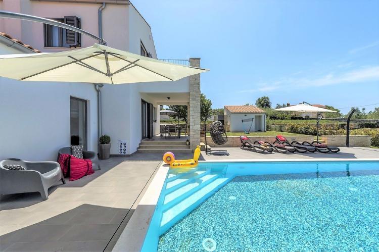 Holiday homeCroatia - Istra: Villa Meli with Infinity Pool and Whirlpool  [1]