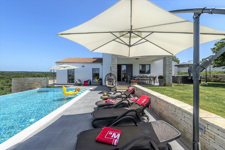 Holiday homeCroatia - Istra: Villa Meli with Infinity Pool and Whirlpool  [7]