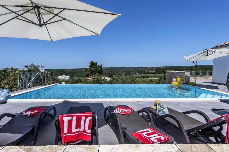 Holiday homeCroatia - Istra: Villa Meli with Infinity Pool and Whirlpool  [6]