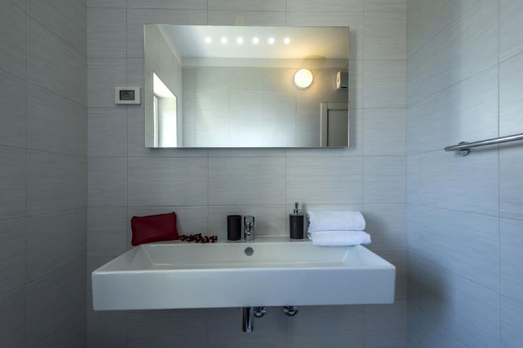 Holiday homeCroatia - Istra: Villa Meli with Infinity Pool and Whirlpool  [39]