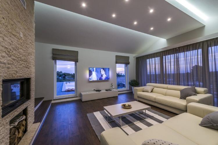 Holiday homeCroatia - Istra: Villa Meli with Infinity Pool and Whirlpool  [9]