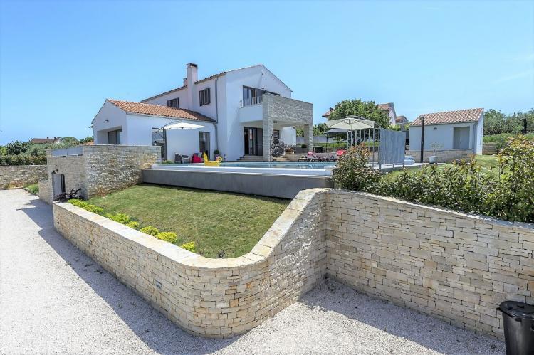 Holiday homeCroatia - Istra: Villa Meli with Infinity Pool and Whirlpool  [5]