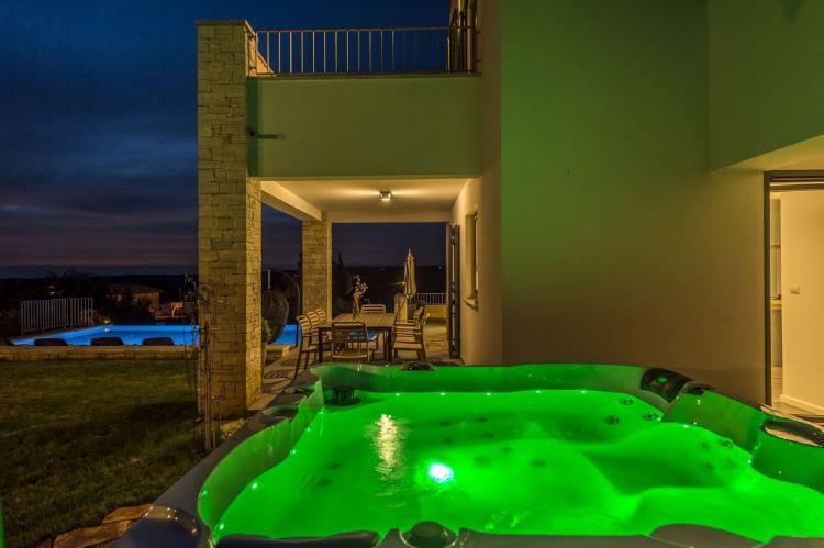 Holiday homeCroatia - Istra: Villa Meli with Infinity Pool and Whirlpool  [36]