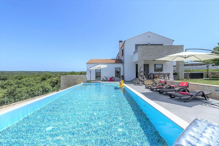 Holiday homeCroatia - Istra: Villa Meli with Infinity Pool and Whirlpool  [2]