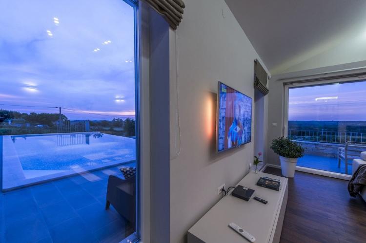 Holiday homeCroatia - Istra: Villa Meli with Infinity Pool and Whirlpool  [11]