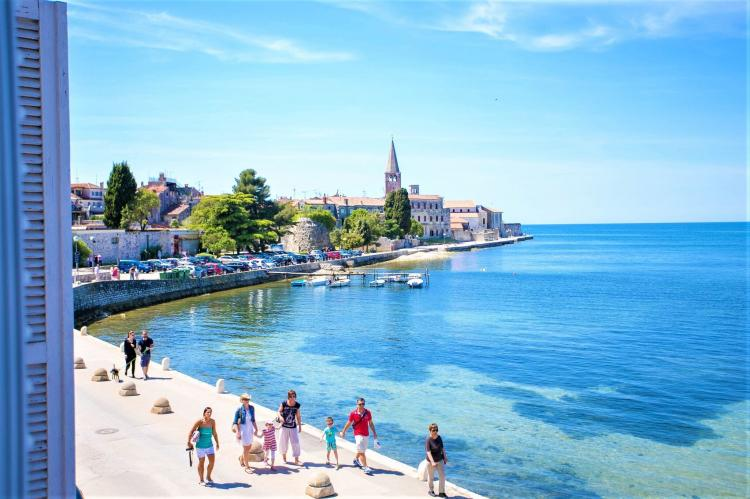 Holiday homeCroatia - Eastern Croatia: Old town apartment Tomicic with direct sea view I  [2]