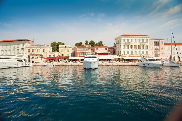 Holiday homeCroatia - Eastern Croatia: Old town apartment Tomicic with direct sea view I  [15]
