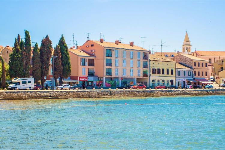 Holiday homeCroatia - Eastern Croatia: Old town apartment Tomicic with direct sea view I  [1]