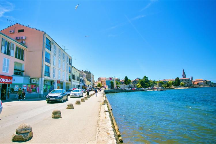 Holiday homeCroatia - Eastern Croatia: Old town apartment Tomicic with direct sea view I  [13]