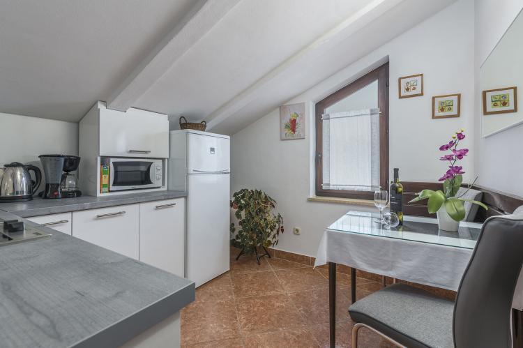 VakantiehuisKroatië - Istrië: Apartment Matosevic III with Roof Terrace - Porec  [10]