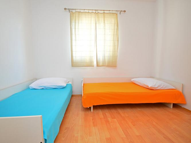 Holiday homeCroatia - Central Dalmatia: Mira  [19]