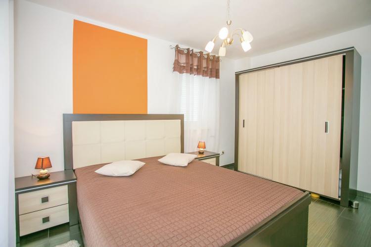 Holiday homeCroatia - Istra: Apartment Kardumovic II Brown with Garden View  [12]