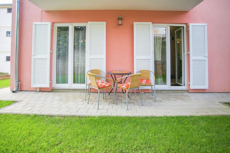 Holiday homeCroatia - Istra: Apartment Kardumovic II Brown with Garden View  [2]