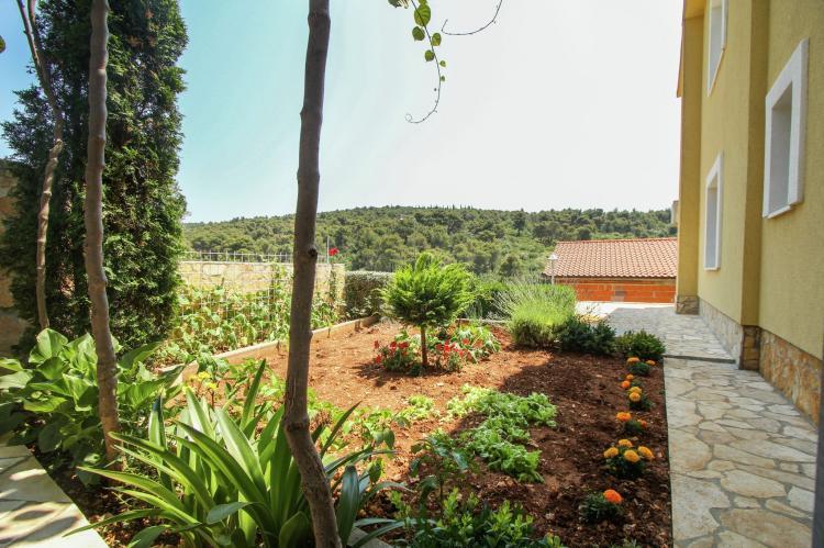 Holiday homeCroatia - Central Dalmatia: Apartment Verica  [20]