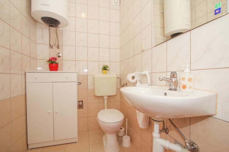 Holiday homeCroatia - Central Dalmatia: Apartment Verica  [17]