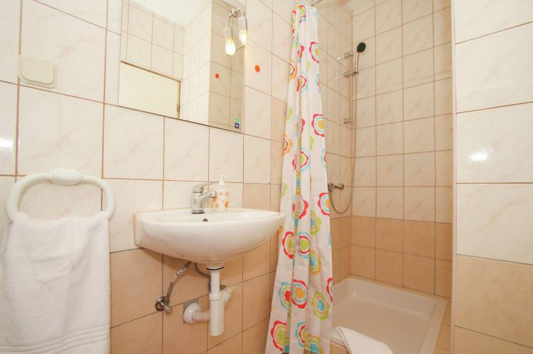 Holiday homeCroatia - Central Dalmatia: Apartment Verica  [18]