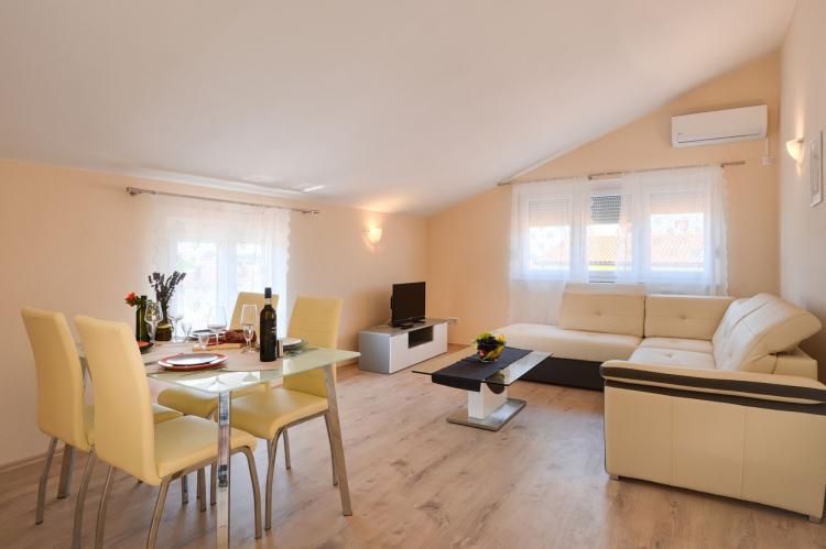 Holiday homeCroatia - Istra: One Bedroom Apartment Hope IV with Balcony near Po  [9]