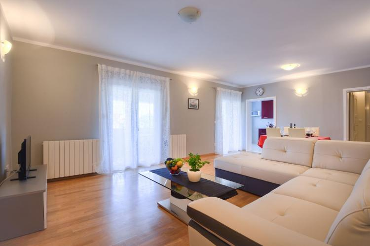 VakantiehuisKroatië - Istrië: Two-Bedroom Apartment Hope V with Balcony near Por  [15]