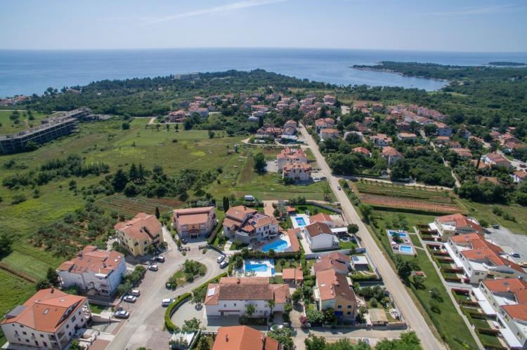 FerienhausKroatien - Istrien: Two-Bedroom Apartment Hope V with Balcony near Por  [27]