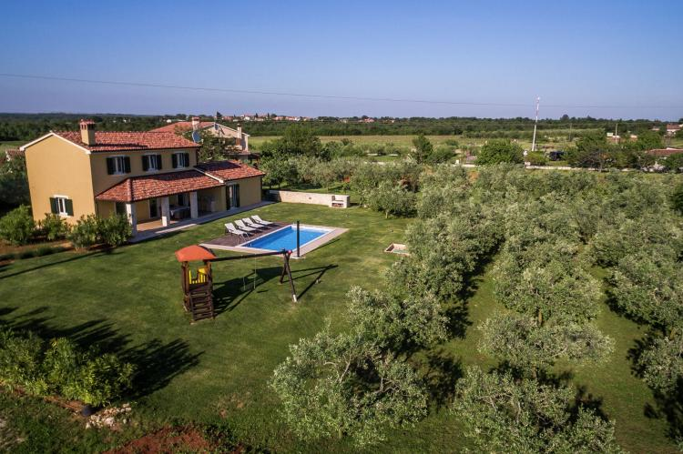VakantiehuisKroatië - Istrië: Villa Danelon with Pool and Olive Grove View  [7]